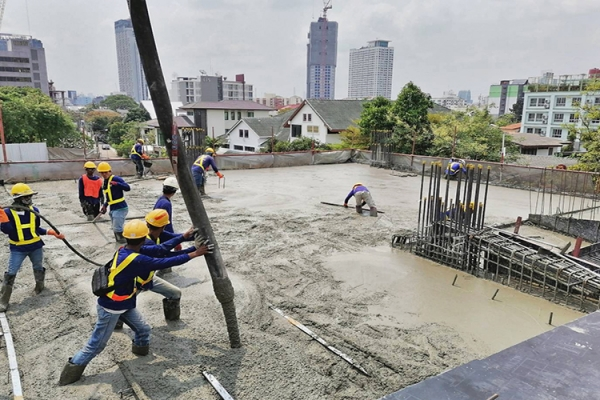 pour concreting on post tension slab of car park building 2nd floor25E07C1D E62F F608 E873 B8E3DD29B65B