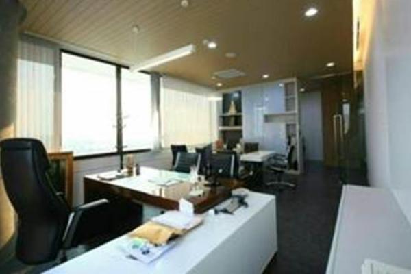scg-headquarter-11-floor-289B27500-6AFA-6B14-3121-394200ABF997.jpg