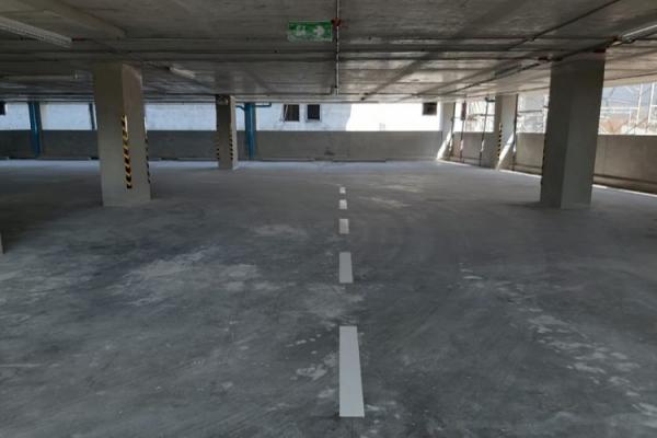 club-house-parking-10F1CD2A68-E773-B091-420C-906CAA1A18E4.jpg