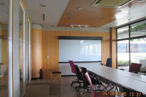 scg-building-1BB825487-78C2-EFBA-4070-73B9D550146F.jpg