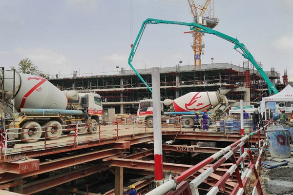 pour-concreting-on-tower-building-2F07EB136-24C9-8C08-0461-50395AC59948.jpg